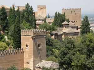 Torres y Murallas de la Alhambra