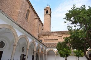 El claustro del Monasterio de la Cartuja
