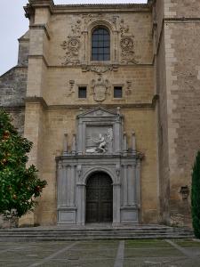 Fachada de la iglesia de los Jerónimos, Granada